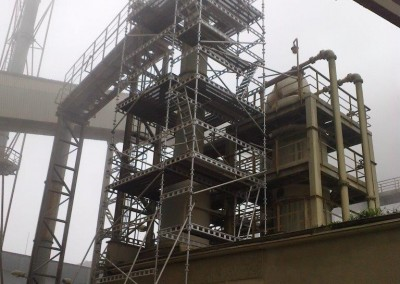 montaz rusztowan reaktor2