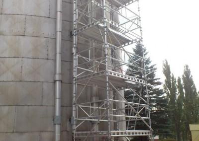 montaz rusztowan zbiornik paliwa